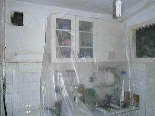 Фото. Как защитить мебель во время ремонта. Подготовка помещения к ремонту.