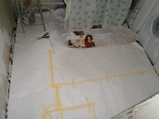 Фото. Защита пола во время ремонта. Чем застелить пол при ремонте.