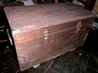 Фото. Как покрасить морилкой старую деревянную мебель. Роспись мебели обучение. Мастер класс от творческой мастерской Огонь.