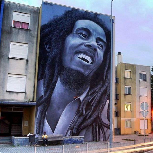 Мурал «Bob Marley Tribute» был нарисован в городе Лориш. Его нарисовал поругальский художник Odeith