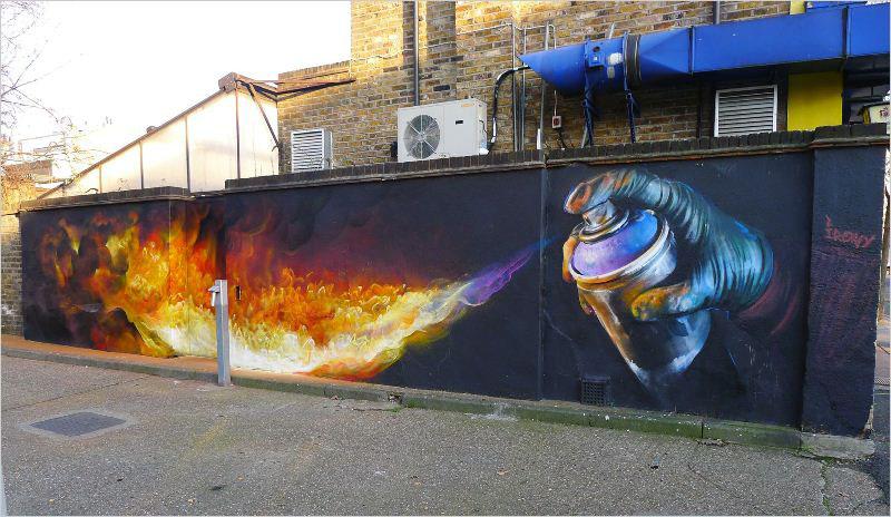 Мурал «Burn» был нарисован в 2014 году, в Лондоне, британской художницей Irony.
