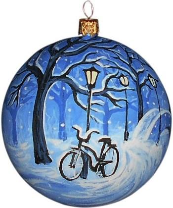 Велосипед новогодний шар ручной работы.