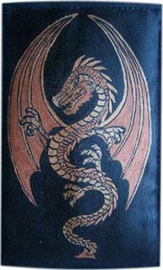 Дракон чехол для телефона ручной работы.