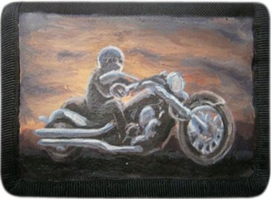 Мотоциклист кошелек ручной работы.