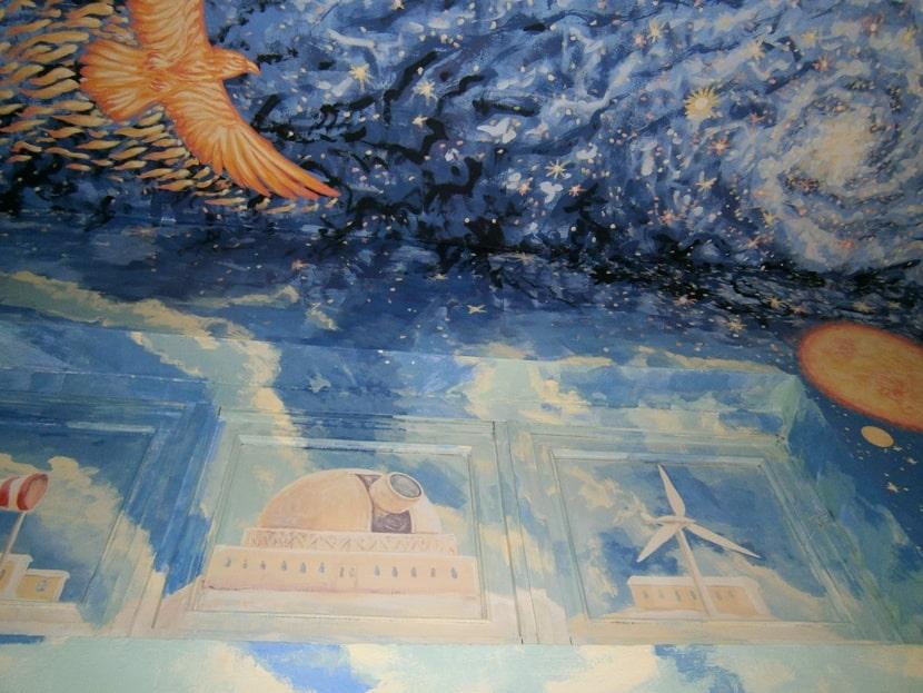 Технология росписи стен в интерьере акриловыми красками.