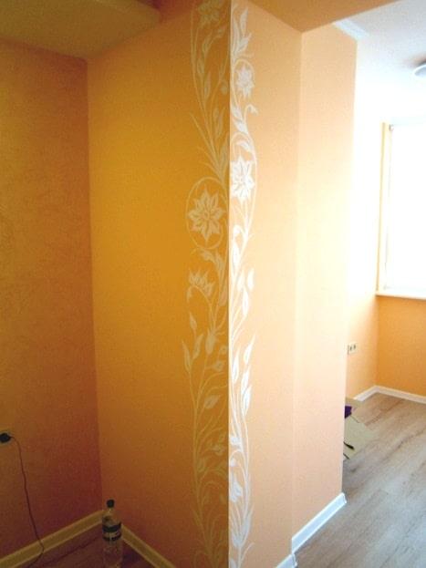 Роспись стен в комнате. Стилизованная роспись стен.