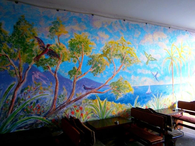 Роспись стен в баре. Художественная роспись в кафе и барах.