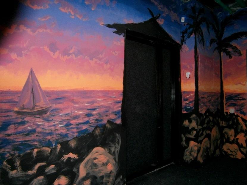 Роспись на стенах в интерьере дома. Фото.