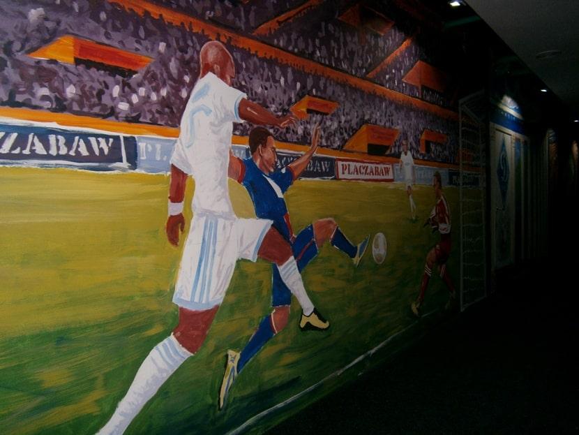 Художественная роспись стен кафе акрилом. Панорама.